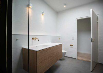 Badeværelse vandskuret